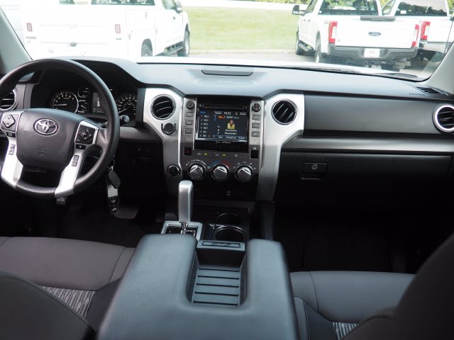 2018 Toyota Tundra Crew Cab 4x4, Pickup #62268A - photo 14