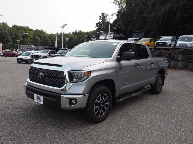 2018 Toyota Tundra Crew Cab 4x4, Pickup #62268A - photo 3