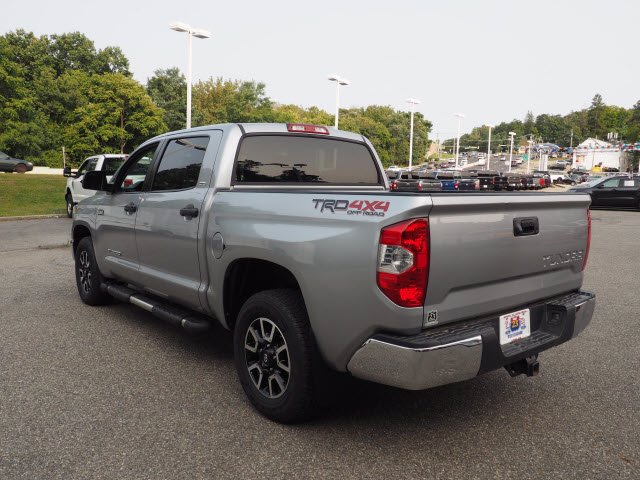 2018 Toyota Tundra Crew Cab 4x4, Pickup #62268A - photo 4