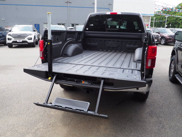 2020 Ford F-150 SuperCrew Cab 4x4, Pickup #62324 - photo 13