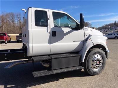 2021 Ford F-750 Super Cab DRW 4x2, Cab Chassis #63115 - photo 10