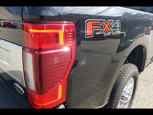 2020 Ford F-250 Crew Cab 4x4, Pickup #P10162 - photo 13