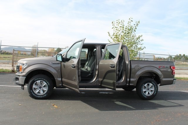 2018 F-150 SuperCrew Cab 4x4,  Pickup #J0055 - photo 19