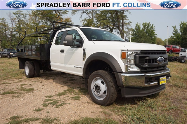 2020 Ford F-450 Super Cab DRW 4x4, Contractor Body #L0728 - photo 1
