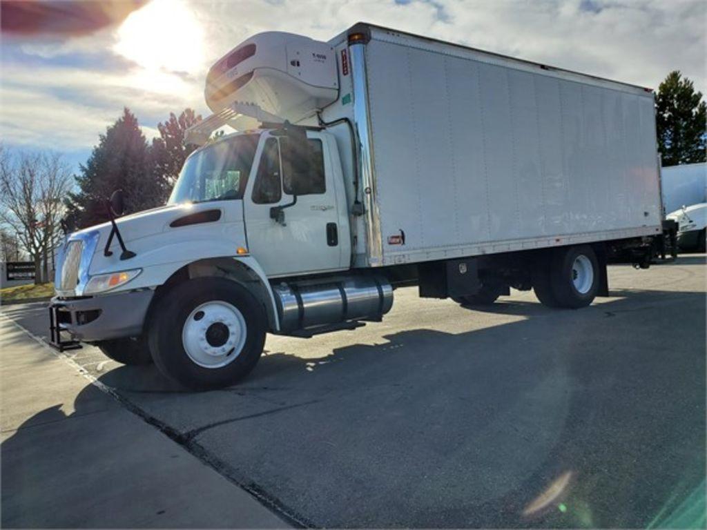 2013 International Truck 4x2, Refrigerated Body #100294 - photo 1