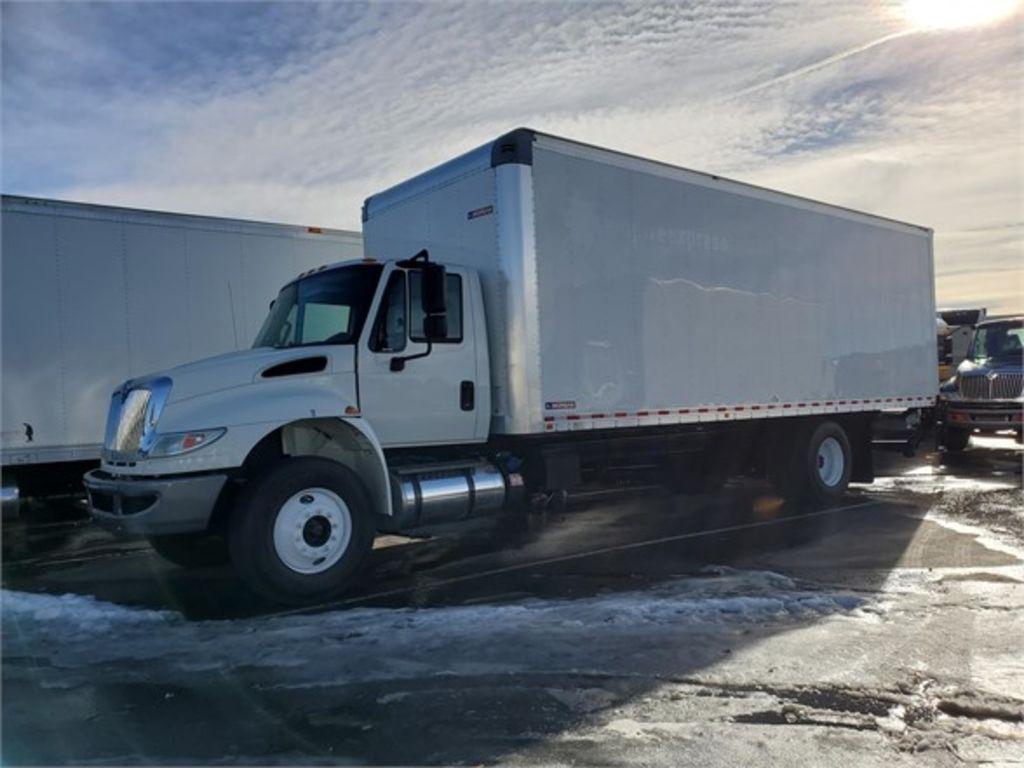 2017 International DuraStar 4300 4x2, Morgan Dry Freight #155766 - photo 1