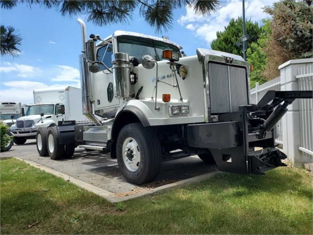 2008 Western Star 4900 6x4, Cab Chassis #170830 - photo 1