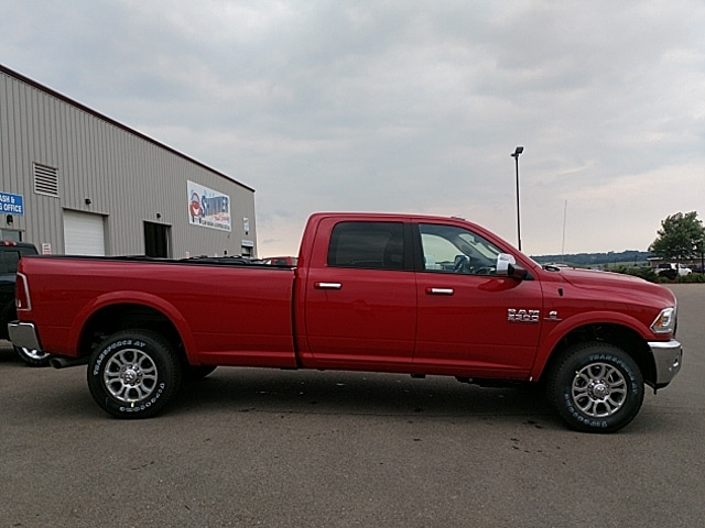 2017 Ram 3500 Crew Cab 4x4,  Pickup #HG736579 - photo 5