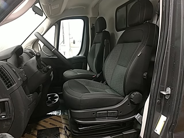 2018 ProMaster 2500 High Roof 4x2,  Empty Cargo Van #JE116216 - photo 11