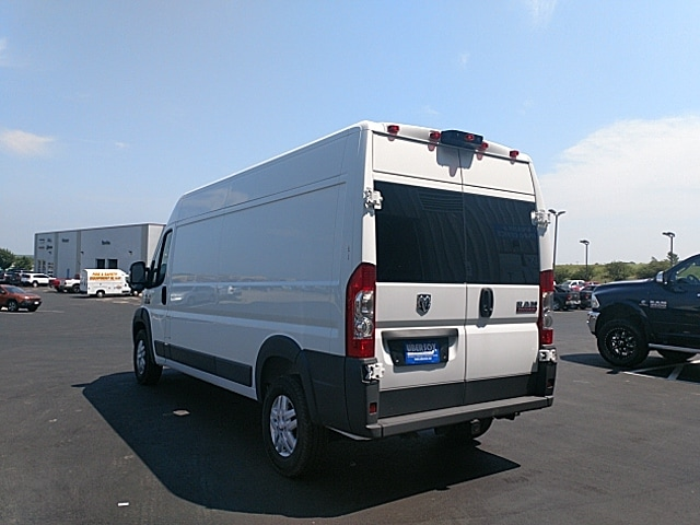 2018 ProMaster 2500 High Roof 4x2,  Empty Cargo Van #JE124888 - photo 3