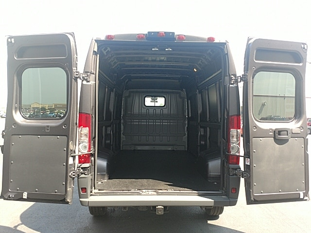 2018 ProMaster 2500 High Roof 4x2,  Empty Cargo Van #JE124889 - photo 2