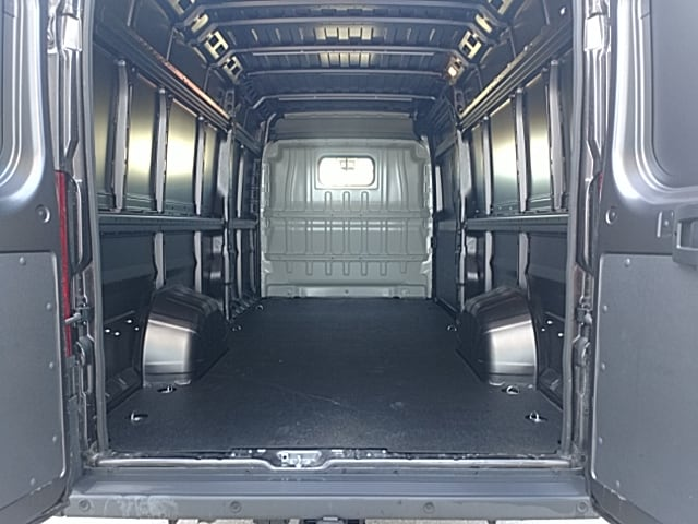 2018 ProMaster 3500 High Roof 4x2,  Empty Cargo Van #JE125022 - photo 2