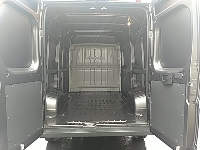 2018 ProMaster 2500 High Roof FWD,  Empty Cargo Van #JE156958 - photo 2