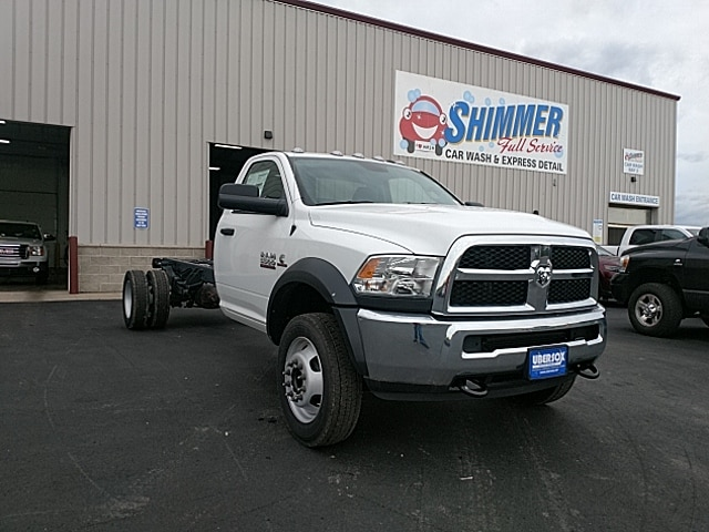 2018 Ram 5500 Regular Cab DRW 4x2,  Cab Chassis #JG179711 - photo 4