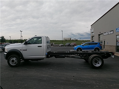 2018 Ram 5500 Regular Cab DRW 4x2,  Cab Chassis #JG179711 - photo 8
