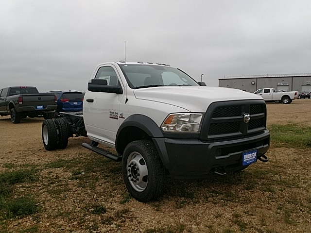2018 Ram 4500 Regular Cab DRW 4x4,  Cab Chassis #JG185948 - photo 4