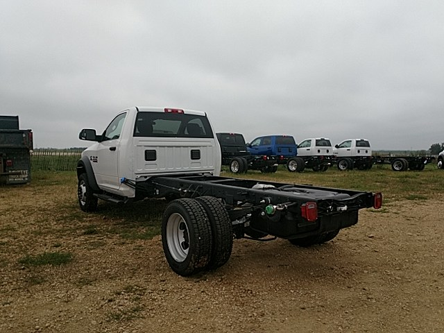 2018 Ram 4500 Regular Cab DRW 4x4,  Cab Chassis #JG185948 - photo 2