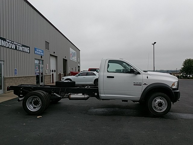 2018 Ram 4500 Regular Cab DRW 4x4,  Cab Chassis #JG229954 - photo 7