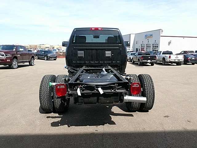 2018 Ram 3500 Regular Cab DRW 4x4,  Cab Chassis #JG251867 - photo 7