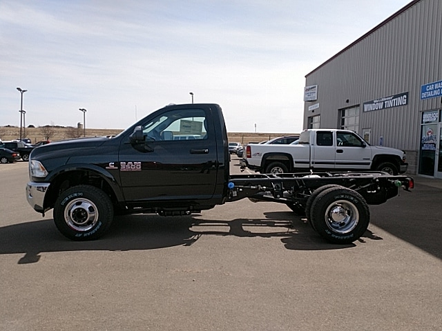 2018 Ram 3500 Regular Cab DRW 4x4,  Cab Chassis #JG251867 - photo 8