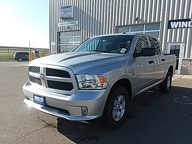 2018 Ram 1500 Crew Cab 4x4,  Pickup #JG270055 - photo 1