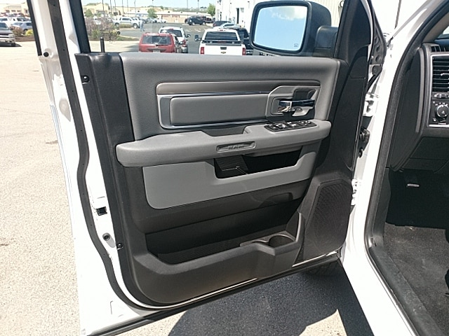 2018 Ram 1500 Crew Cab 4x4,  Pickup #JG270065 - photo 12