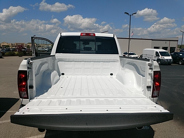 2018 Ram 1500 Crew Cab 4x4,  Pickup #JG270065 - photo 8