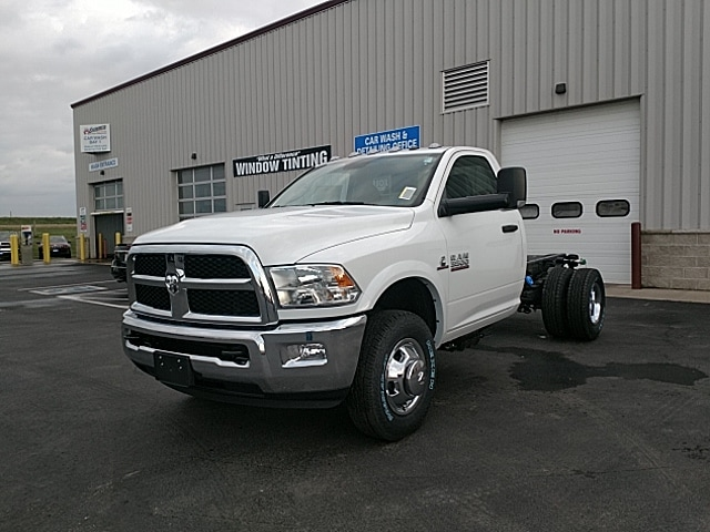 2018 Ram 3500 Regular Cab DRW 4x4,  Cab Chassis #JG355747 - photo 1