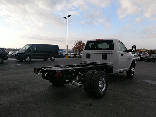 2018 Ram 3500 Regular Cab DRW 4x4,  Cab Chassis #JG355747 - photo 6