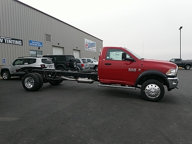 2018 Ram 5500 Regular Cab DRW 4x4,  Cab Chassis #JG371735 - photo 5