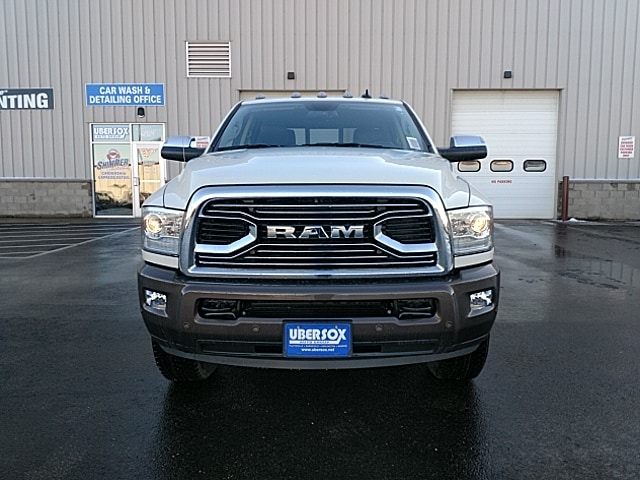 2018 Ram 3500 Crew Cab 4x4,  Pickup #JG394025 - photo 3