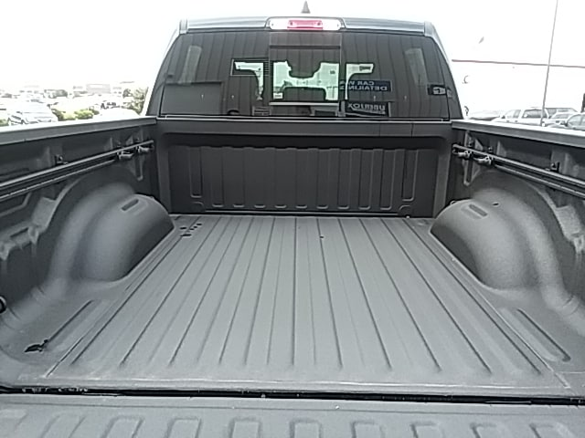 2019 Ram 1500 Crew Cab 4x4,  Pickup #KN503263 - photo 7
