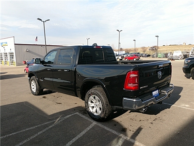 2019 Ram 1500 Crew Cab 4x4,  Pickup #KN505993 - photo 2