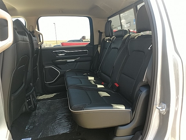 2019 Ram 1500 Crew Cab 4x4,  Pickup #KN506054 - photo 11