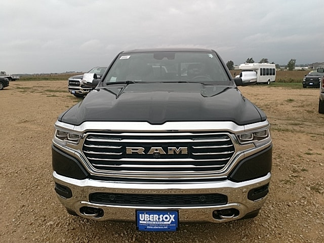 2019 Ram 1500 Crew Cab 4x4,  Pickup #KN509957 - photo 3