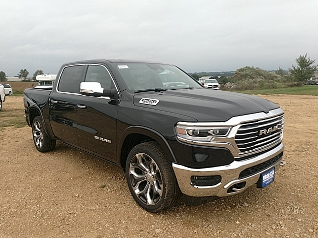 2019 Ram 1500 Crew Cab 4x4,  Pickup #KN509957 - photo 4