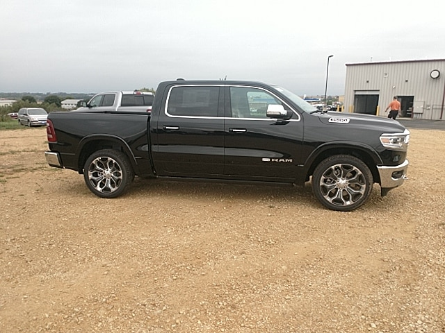 2019 Ram 1500 Crew Cab 4x4,  Pickup #KN509957 - photo 5