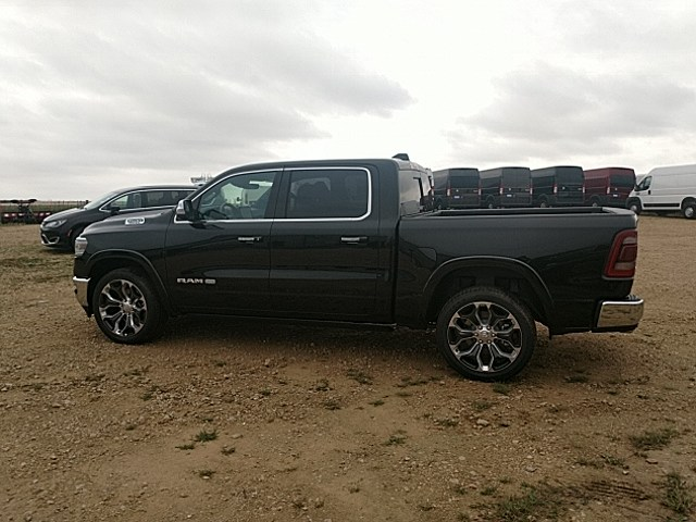 2019 Ram 1500 Crew Cab 4x4,  Pickup #KN509957 - photo 8