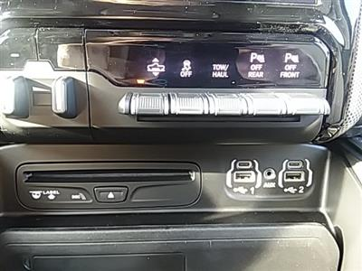 2019 Ram 1500 Crew Cab 4x4,  Pickup #KN563829 - photo 21