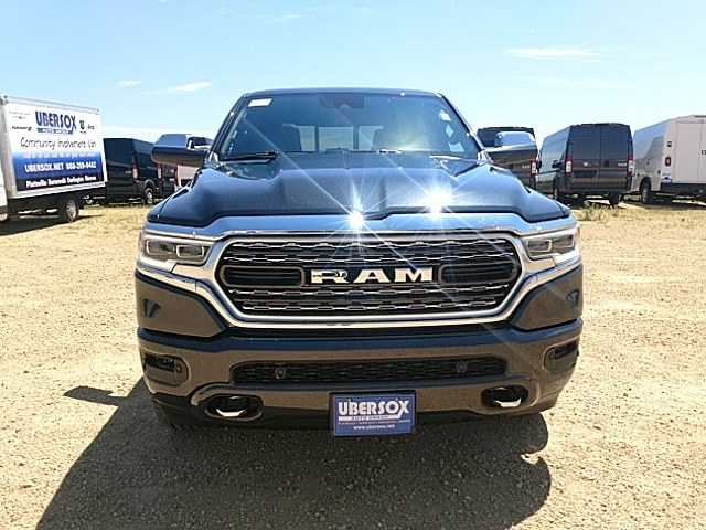 2019 Ram 1500 Crew Cab 4x4,  Pickup #KN571737 - photo 3