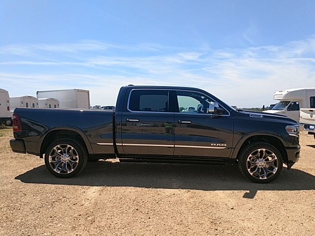 2019 Ram 1500 Crew Cab 4x4,  Pickup #KN571737 - photo 5