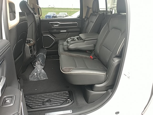 2019 Ram 1500 Crew Cab 4x4,  Pickup #KN609706 - photo 11