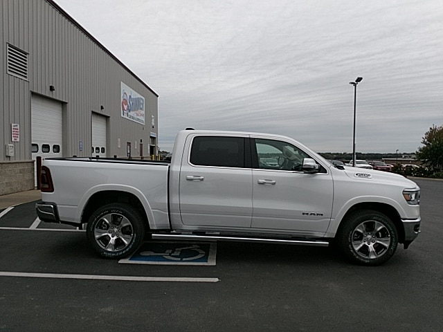 2019 Ram 1500 Crew Cab 4x4,  Pickup #KN609706 - photo 5