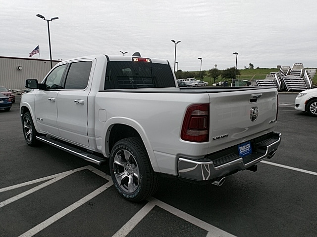 2019 Ram 1500 Crew Cab 4x4,  Pickup #KN609706 - photo 2