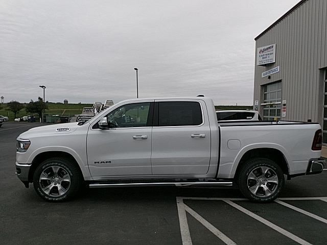 2019 Ram 1500 Crew Cab 4x4,  Pickup #KN609706 - photo 8
