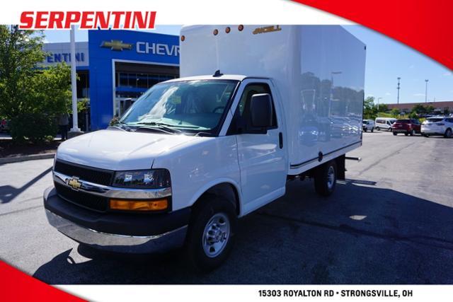 2020 Chevrolet Express 3500 RWD, Unicell Cutaway Van #202544 - photo 1