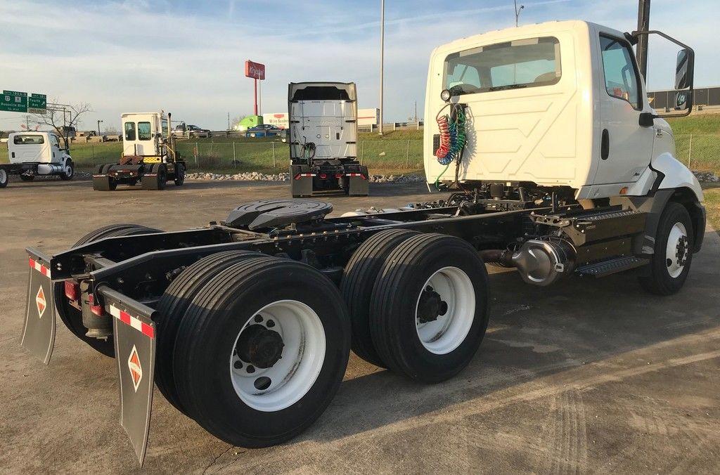 2019 International RH 6x4, Tractor #KN750635 - photo 1