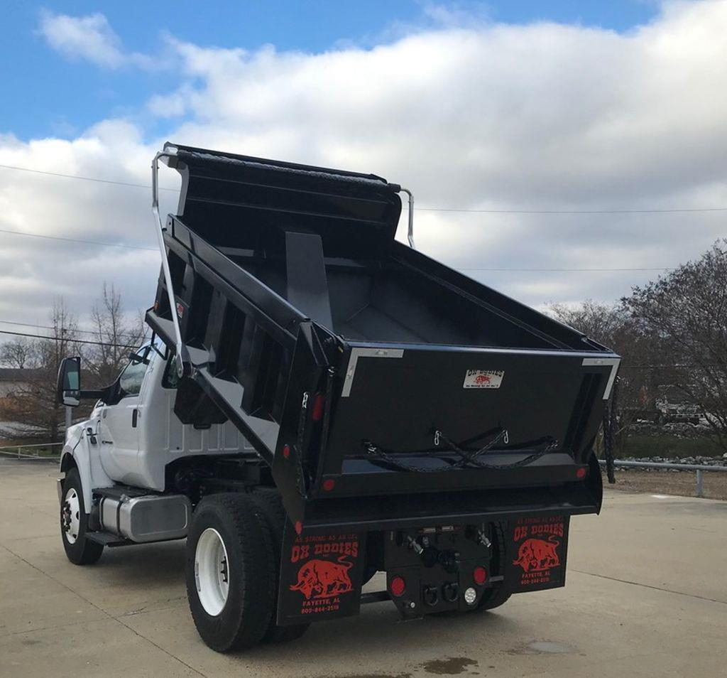 2022 Ford F-750 Regular Cab DRW 4x2, Ox Bodies Dump Body #NDF00197 - photo 1