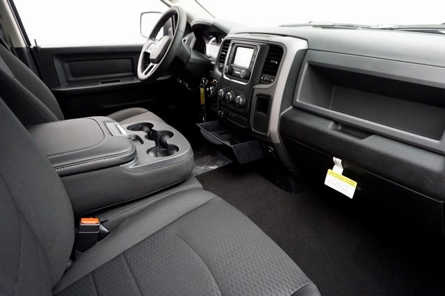 2018 Ram 1500 Quad Cab 4x4,  Pickup #182197 - photo 10