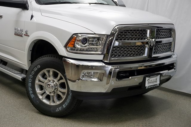 2018 Ram 2500 Crew Cab 4x4,  Pickup #182594 - photo 4